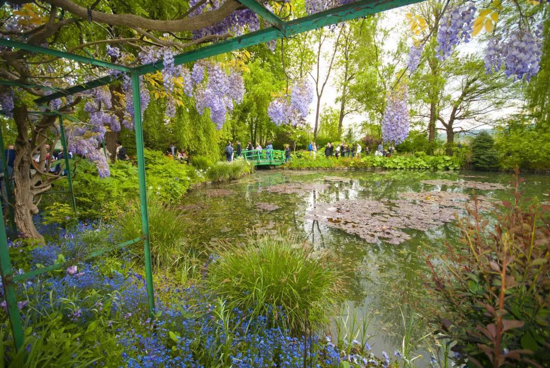 四季美如仙境,引众人效仿,这座私家花园绚烂如油画